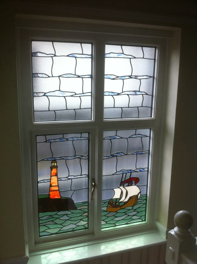 33 12 50 20 >> Leadlight Windows and Doors